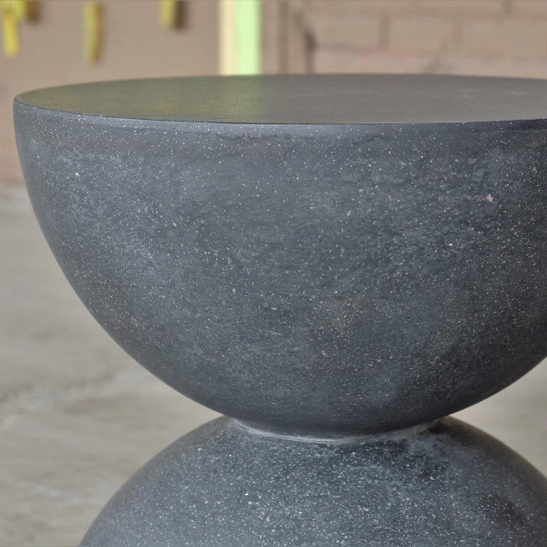 Minimalist Cast Resin 'Bilbouquet' Side Table, Coal Stone Finish by Zachary A. Design For Sale
