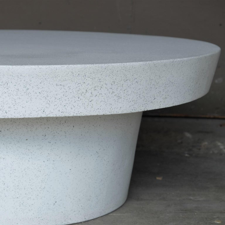Cast Resin 'Cashi' Cocktail Table, White Stone Finish by Zachary A. Design In New Condition For Sale In Chicago, IL
