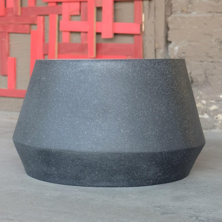 Minimalist Cast Resin 'Tom' Cocktail Table, Coal Stone Finish by Zachary A. Design For Sale