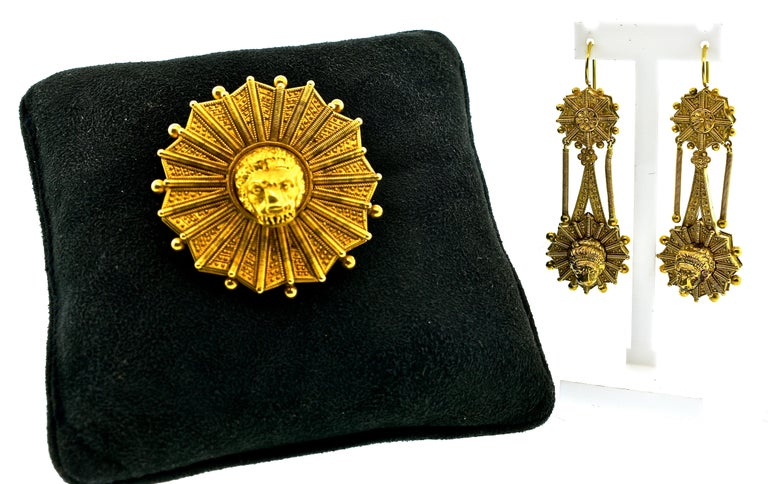 Castillani Etruscan Revival Pendant or Brooch and Matching Earrings, circa 1860 For Sale 8