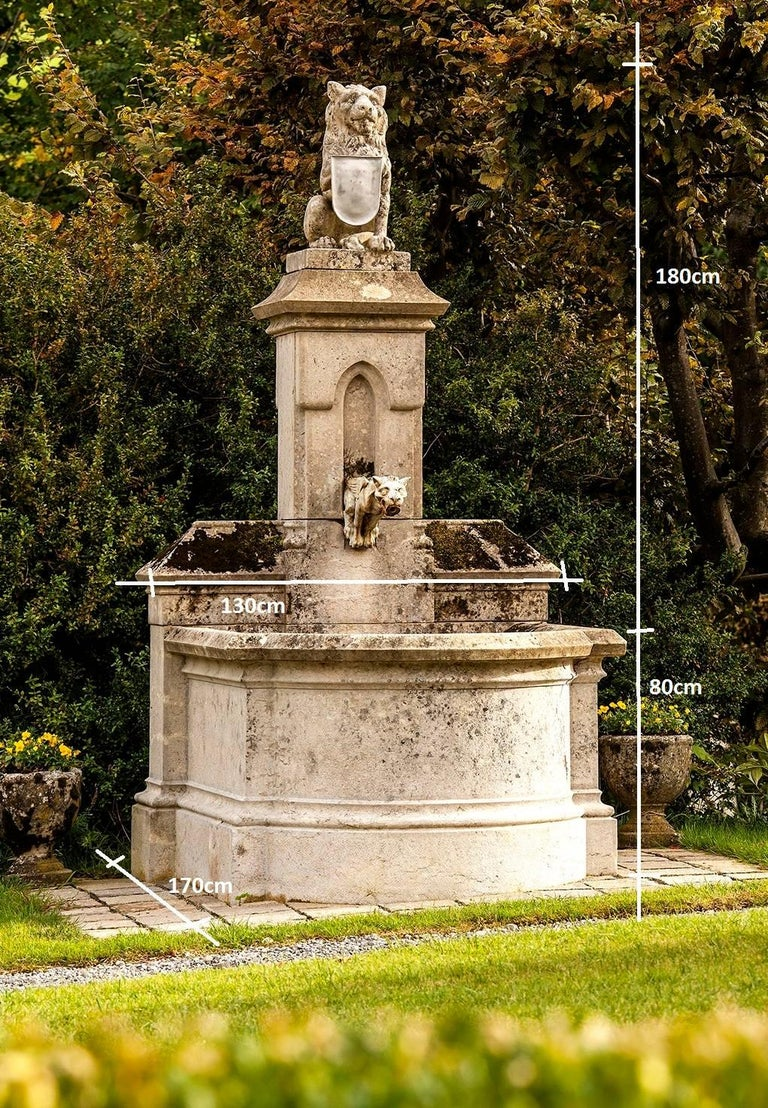 Castle Fountain, 19th Century, with Lion on the Top, Limestone In Excellent Condition For Sale In Gonten, CH
