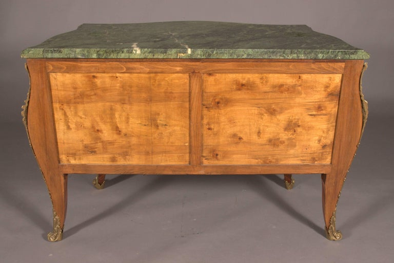 Castleworthy French Chest of Drawers in Louis XVI Style Baroque For Sale 4