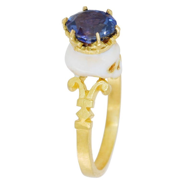 Catacomb Saint Skull Ring in 22 Karat Gold, Enamel and Violet Blue Sapphire In New Condition For Sale In Fitzroy, AU