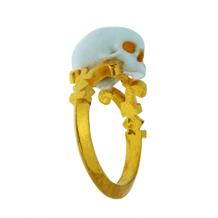 Catacomb Saint Skull Ring in 24 Karat Yellow Gold and Enamel For Sale 8