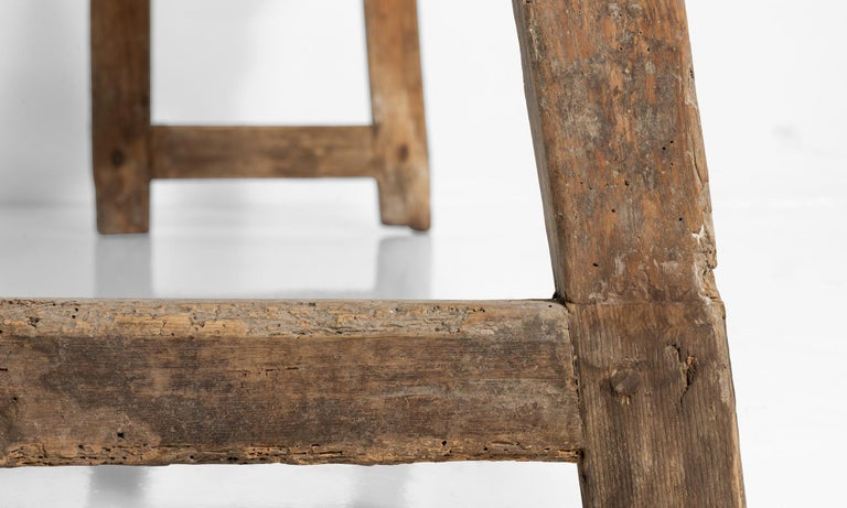 Catalan Bench, Spain, 19th Century In Good Condition For Sale In Culver City, CA