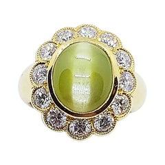 Cat's Eye with Diamond Ring Set in 18 Karat Gold Setting
