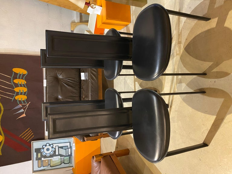 Cattelan Italia Suite of 4 Chairs In Good Condition For Sale In Paris, FR