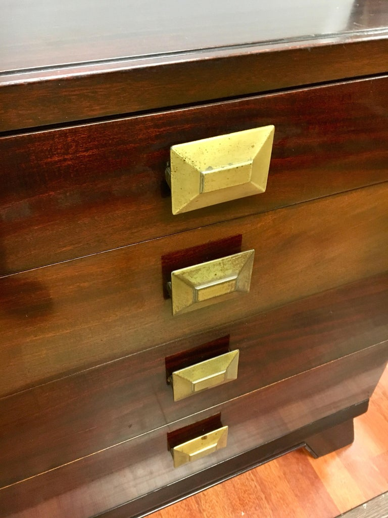 Cavalier Mid-Century Modern Mahogany Eight-Drawer Dresser Chest For Sale 2