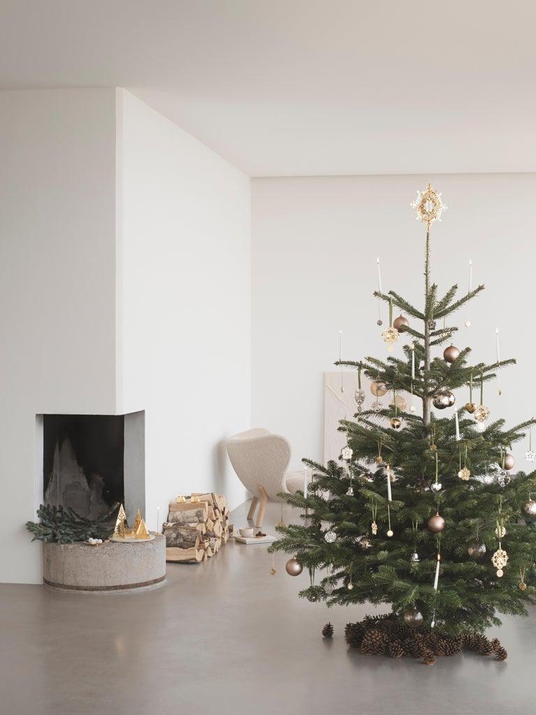 Modern CC 2020 Holiday Ornament Ice Rosette Palladium For Sale