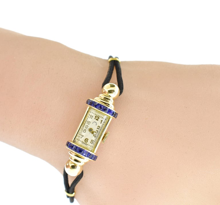 C.D. Peacock 18 Karat Retro Sapphire Wristwatch, circa 1950 In Good Condition For Sale In Aspen, CO