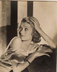 Constance Bennett, c.1930s - Cecil Beaton (Portrait Photography)