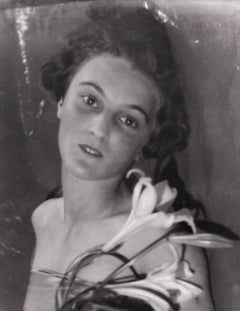 Lady Eleanor Smith with Lillies, 1927 - Portrait Photography