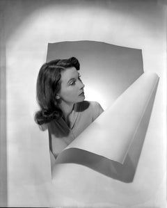Vivien Leigh in the Studio Globe Photos Fine Art Print