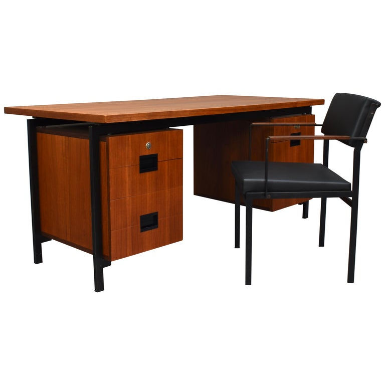 Cees Braakman for Pastoe Model EU02 Japanese Series Desk and Chair in Teak, 1950 For Sale