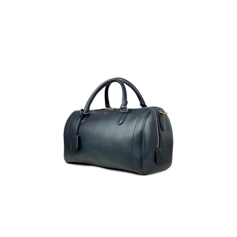 Celine Asymmetrical Duffle Bag In Good Condition For Sale In Sundbyberg, SE