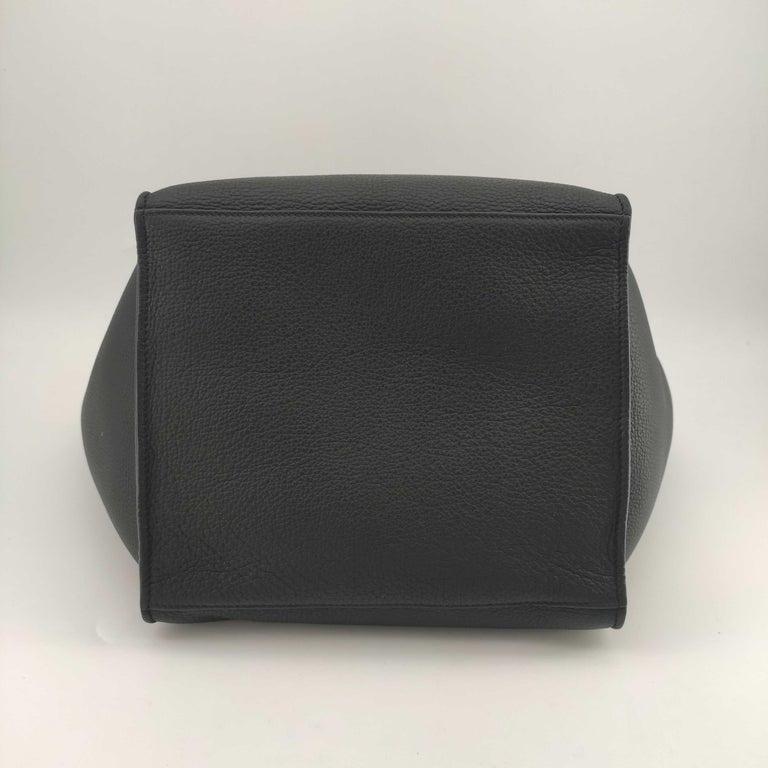 Women's CÉLINE Big bag Shoulder bag in Black Leather For Sale