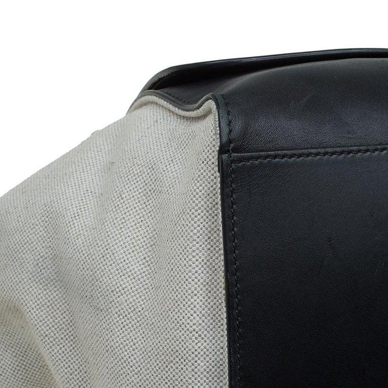 Celine Black/Beige Leather and Canvas Medium Trapeze Bag For Sale 8
