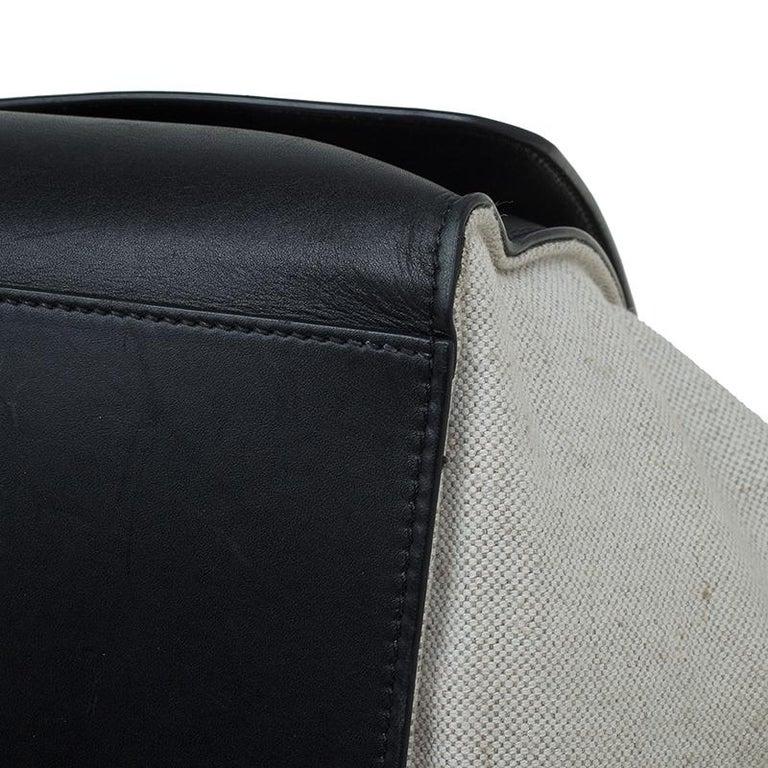 Celine Black/Beige Leather and Canvas Medium Trapeze Bag For Sale 9