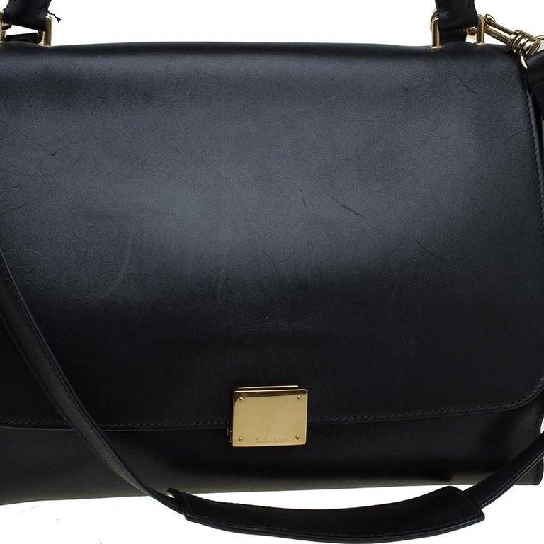 Celine Black/Beige Leather and Canvas Medium Trapeze Bag For Sale 5