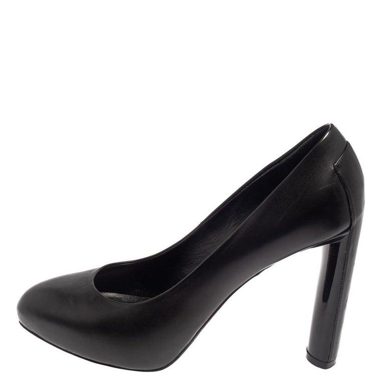 Celine Black Leather Block Heel Pumps Size 37 For Sale 1