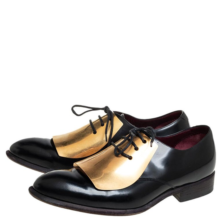 Women's Celine Black Leather Gold Metal Plate Lace Up Derby Size 37.5 For Sale