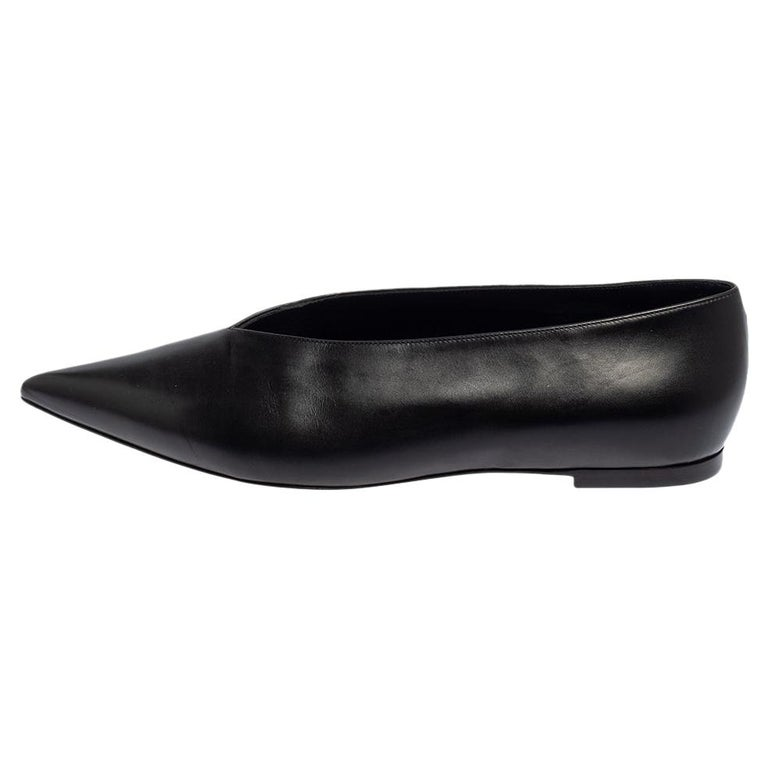 Celine Black Leather V-Neck Ballet Flats Size 37.5 For Sale