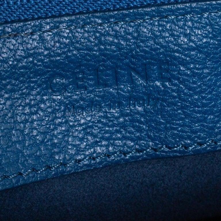 Céline Blue Leather Large Trio Crossbody Bag For Sale 4