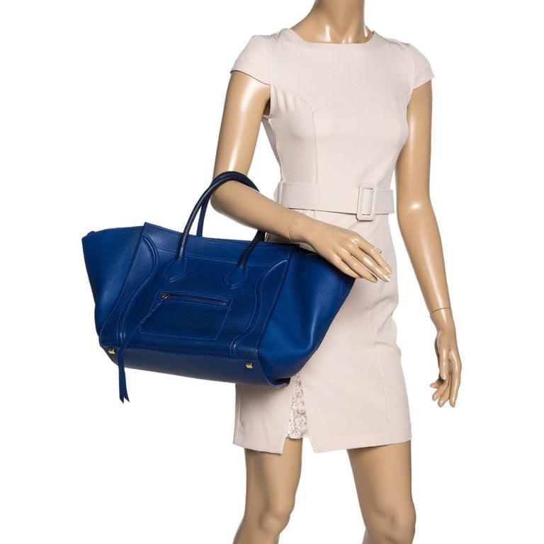 Celine Blue Leather Medium Phantom Luggage Tote In Good Condition For Sale In Dubai, Al Qouz 2