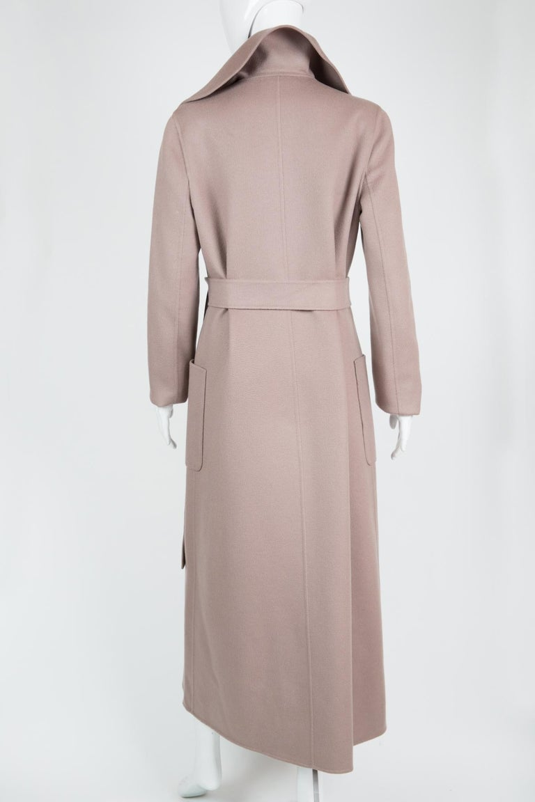 Celine Blush Cashmere Coat In Excellent Condition For Sale In Paris, FR