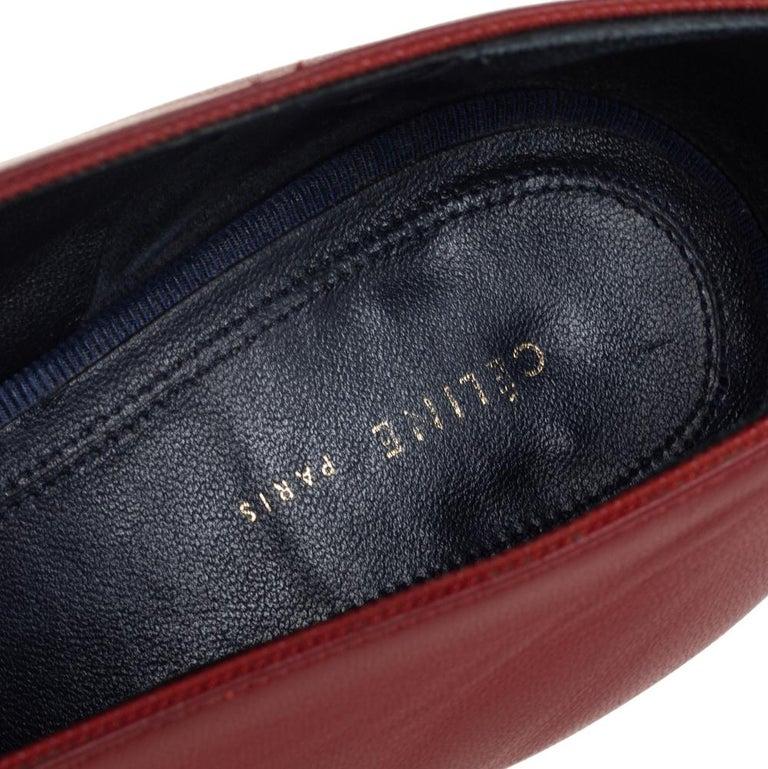Celine Brown Leather V Neck Pointed Toe Pumps Size 38 For Sale 2