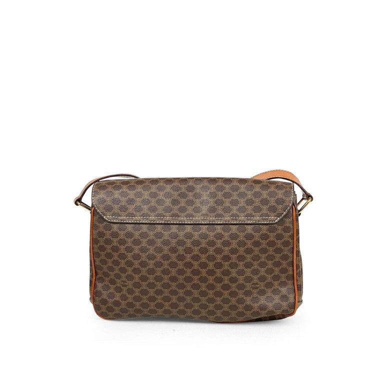 Celine Brown Macadam Celine Crossbody Bag In Good Condition For Sale In Sundbyberg, SE