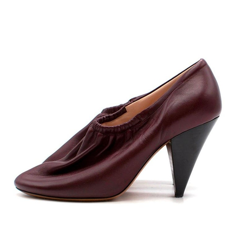 Celine Burgundy Elasticated Cone Heel Pumps SIZE 35.5 In Excellent Condition For Sale In London, GB