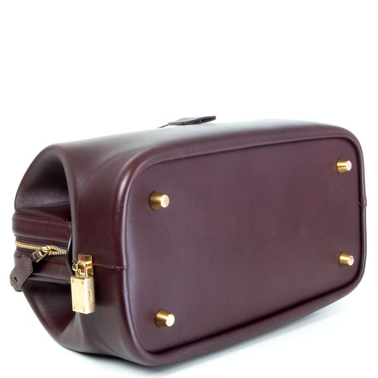 CELINE burgundy leather FRAME DOCTOR SMALL Bag In Excellent Condition For Sale In Zürich, CH