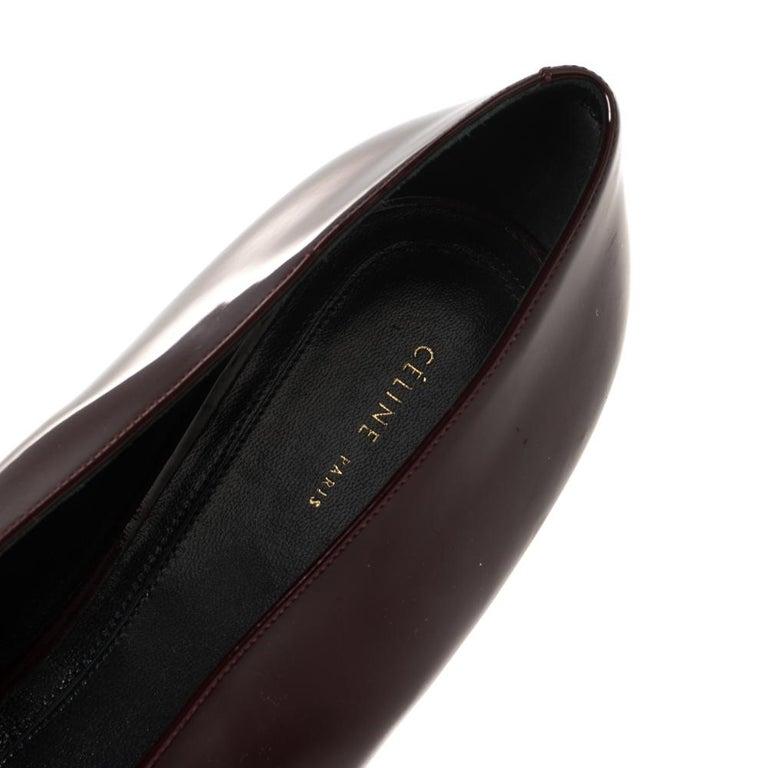 Celine Burgundy Patent Leather V Neck Pointed Toe Flats Size 40 For Sale 1