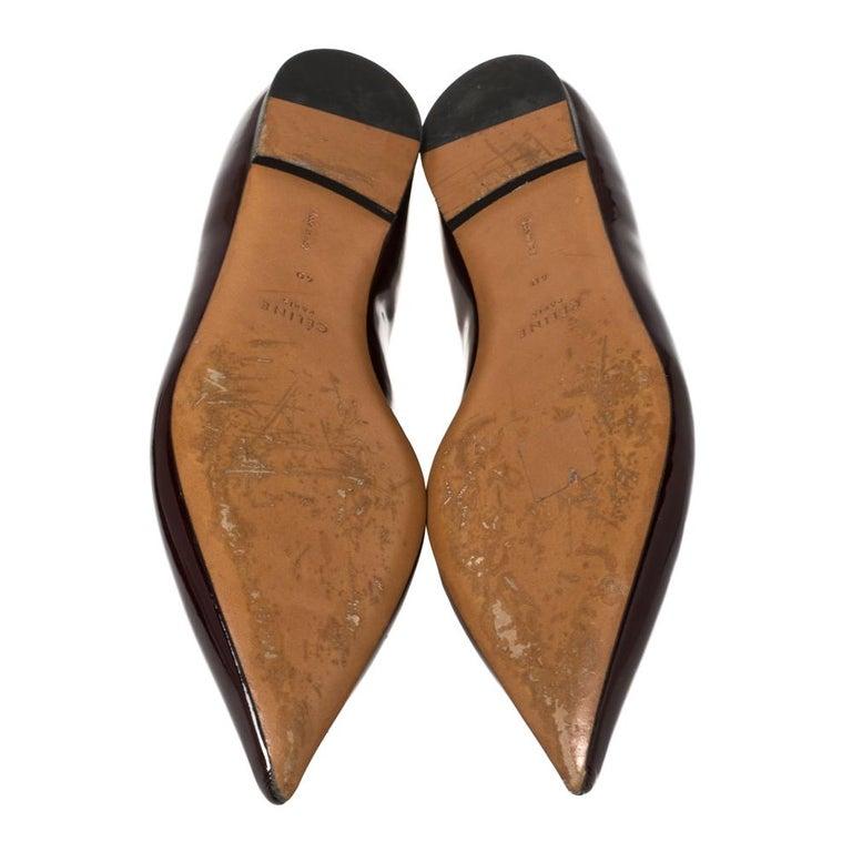 Celine Burgundy Patent Leather V Neck Pointed Toe Flats Size 40 For Sale 2