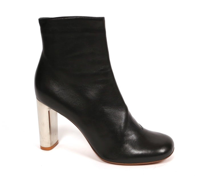 CELINE by PHOEBE PHILO black leather ankle boots with silver heels - NEW In New Condition For Sale In San Fransisco, CA