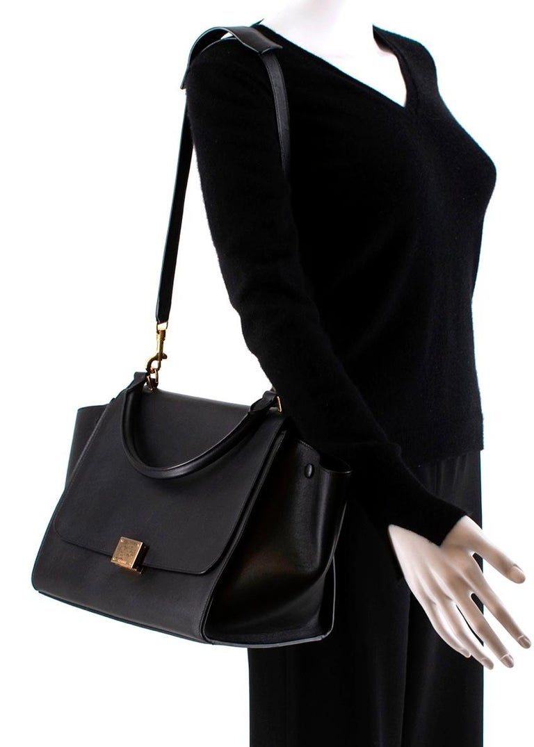 Celine by Phoebe Philo Black Leather Trapeze Bag For Sale 1