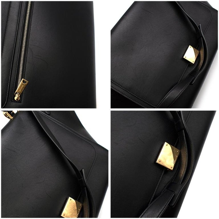Celine by Phoebe Philo Black Leather Trapeze Bag For Sale 3