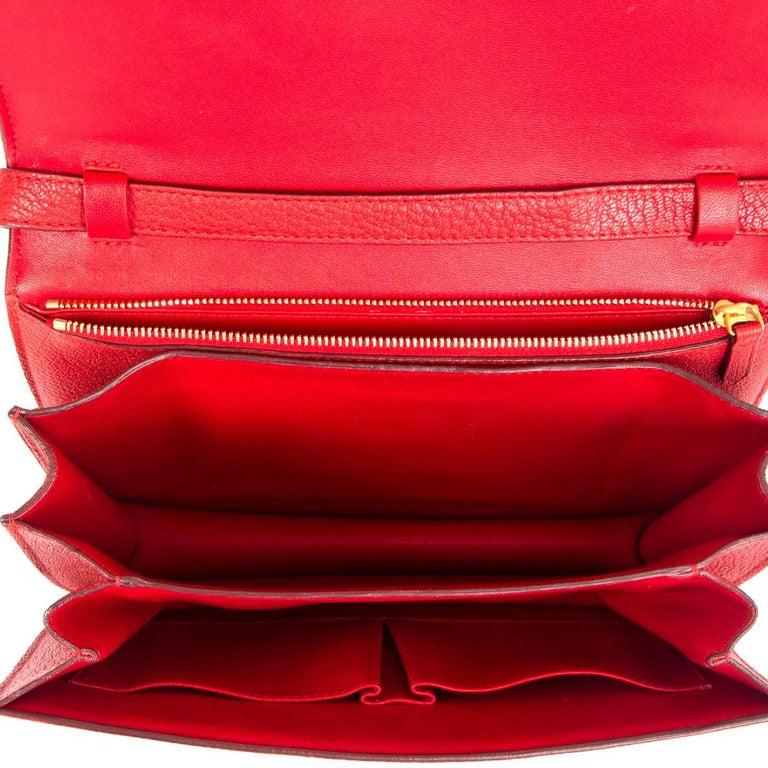 Women's CELINE Carmin red goatskin leather CLASSIC MEDIUM BOX Shoulder Bag For Sale
