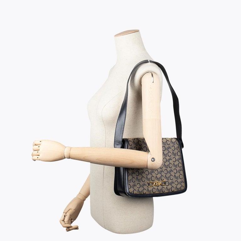 Céline Carriage Flap Bag For Sale 3