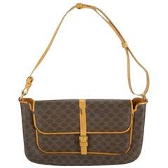 a586a344f28 Vintage Celine Shoulder Bags - 127 For Sale at 1stdibs