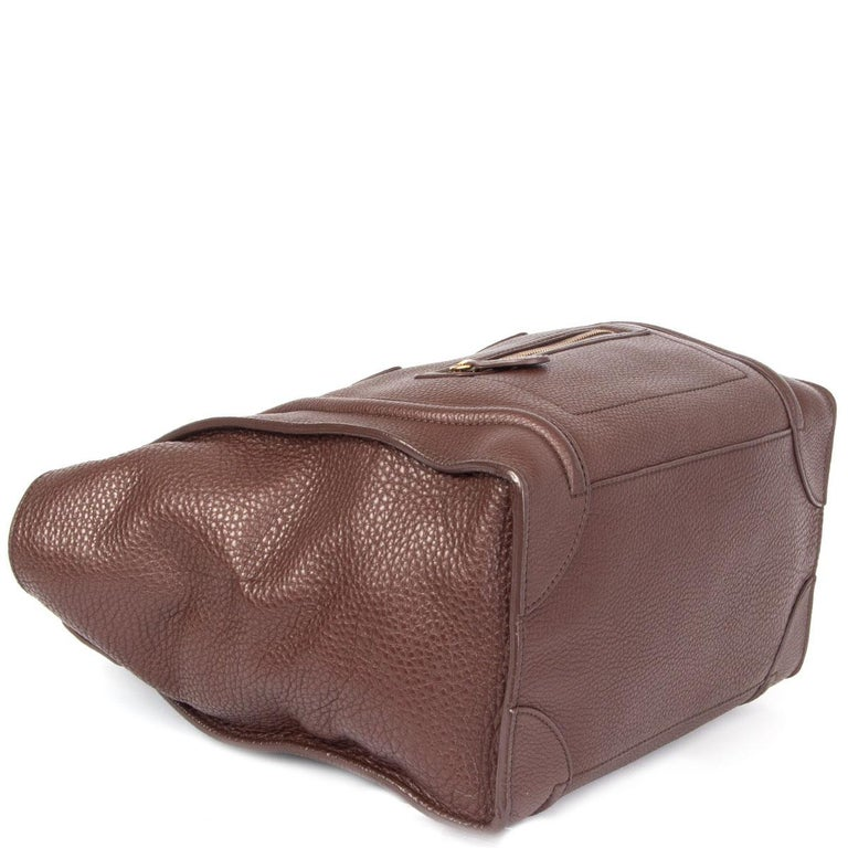 CELINE chocolate brown leather MINI LUGGAGE TOTE Bag In Excellent Condition For Sale In Zürich, CH