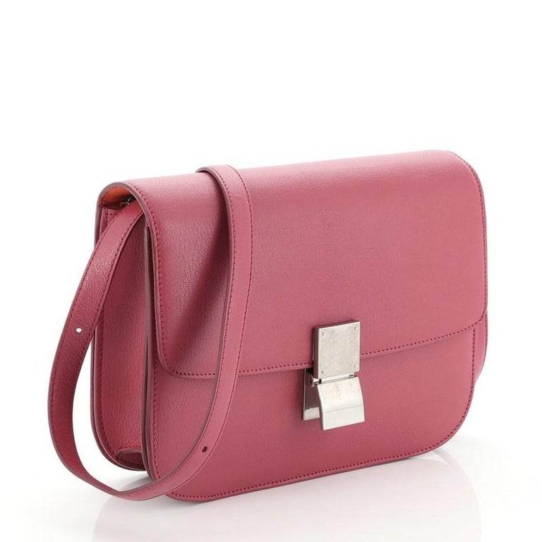 Celine Classic Box Bag Grainy Leather Medium In Good Condition For Sale In New York, NY