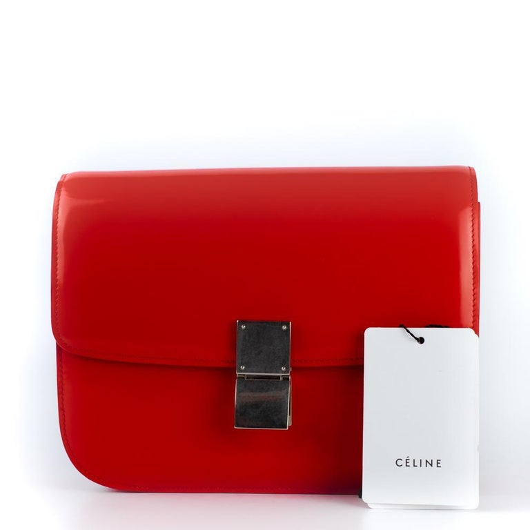 CÉLINE Classic Shoulder bag in Red Patent leather For Sale 9