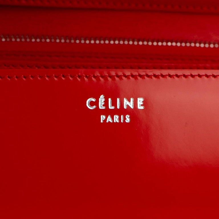 CÉLINE Classic Shoulder bag in Red Patent leather For Sale 2