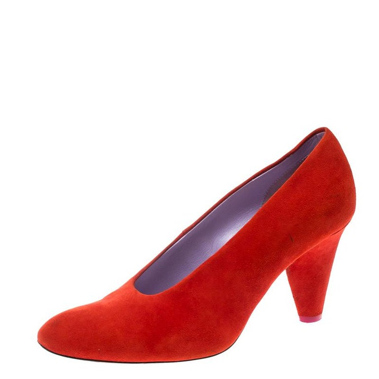 These classy pumps from Celine are worth splurging on. Crafted from suede, they have a simple design with a retro feel. The almond toes will give your toes ease, and the 8.5 cm heels will offer you confidence. Walk in them and you are sure to have a