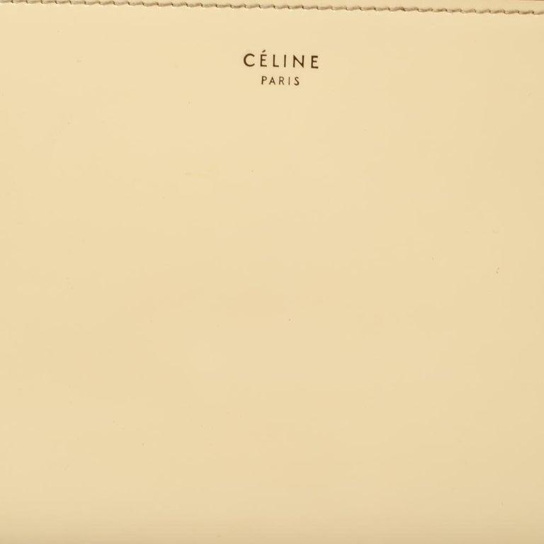 Celine Cream Patent Leather Zip Around Wallet In Good Condition For Sale In Dubai, Al Qouz 2