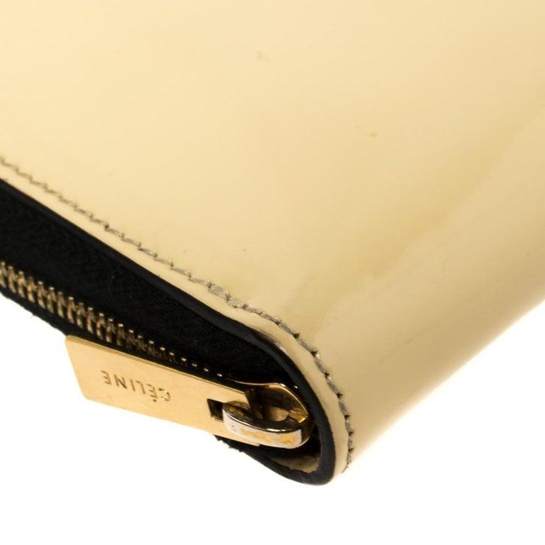 Celine Cream Patent Leather Zip Around Wallet For Sale 2