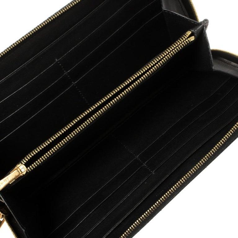 Celine Cream Patent Leather Zip Around Wallet For Sale 4