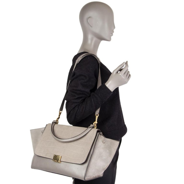CELINE grey leather & Crocodile Stamped suede TRAPEZE SMALL Shoulder Bag For Sale 2